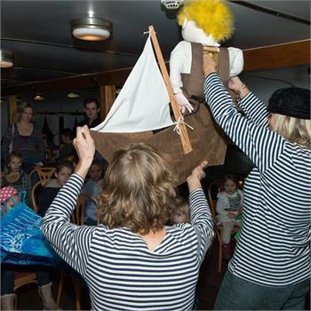 Mikulášská plavba na parníku Vyšehrad