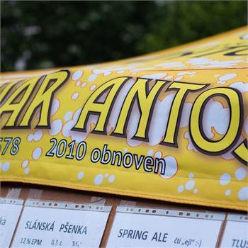 Festival malých pivovarů na náplavce