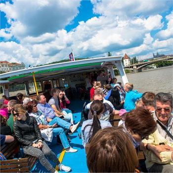 Den dětí s Pražskou paroplavbou