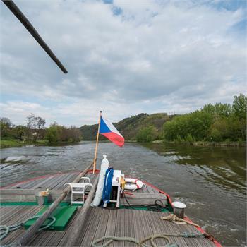 Zahájení sezóny plavbou do Nelahozevsi