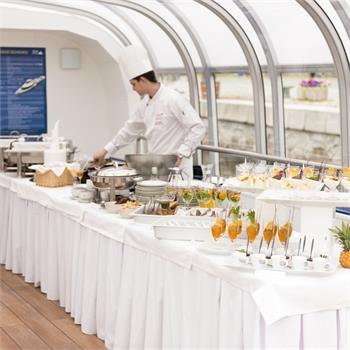 Catering na lodi Grand Bohemia