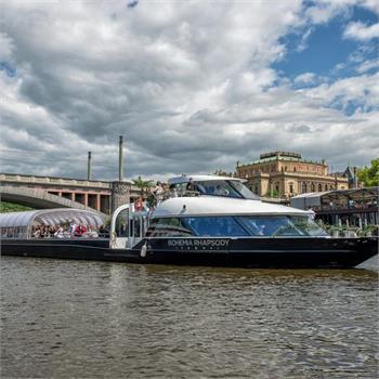 Bohemia Rhapsody na plavbě Prahou