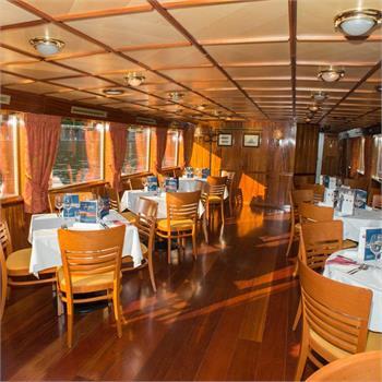 Interiér lodi Lužnice