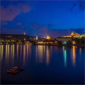 Noční Praha
