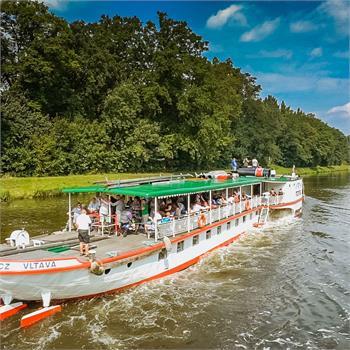 Plavba na Mělník historickým parníkem Vltava