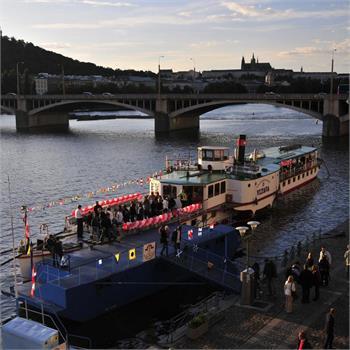 Plavba historického parníku Vltava