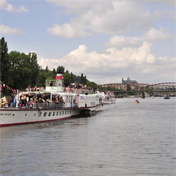 Plavba historického parníku Vyšehrad