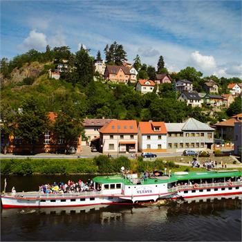 Plavba na Slapy historickým parníkem Vltava