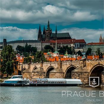 Bohemia Rhapsody proplouvá centrem Prahy
