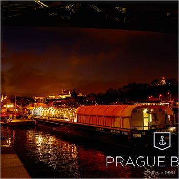 Grand Bohemia v přístavišti u Čechova mostu
