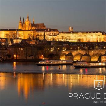 Nejmodernější skleněné lodě v Praze