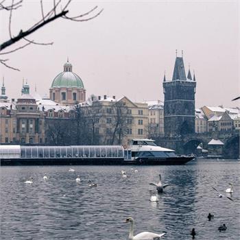 Není nic kouzelnějšího než zasněžená Praha