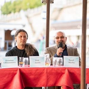 Parník Vltava hostoval debatu Budoucnost náplavek