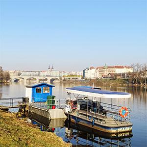 Přívoz na Praze 7 zahájil provoz