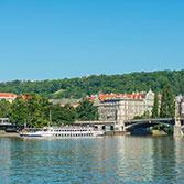 Vltava v Praze v normálu – plujeme dál