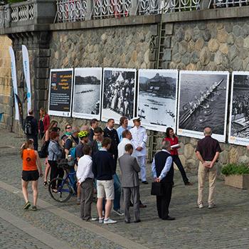 Zahájení výstavy fotografí z historie Primátorek