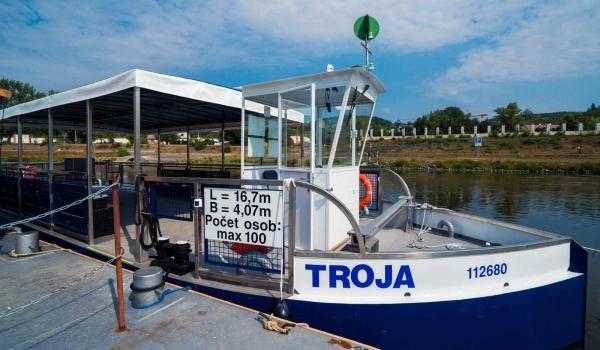 Přívoz P8 - Troja