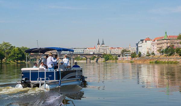 Nový přívoz na Vltavě