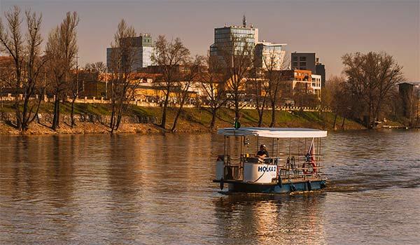 Přívoz Praha 7 - Hol Ka